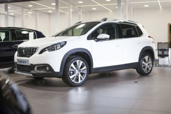 Peugeot 2008 ALLURE BLUEHDI AUTOMATIC