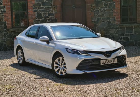 Toyota CAMRY DESIGN VVT-I HEV CVT **PCP FROM 10% DEPOSIT £329 PER MONTH**